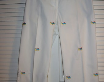 Capris, 12, 10,  White Cotton Capris, Embroidered Angels, Lovely Pants Size 10-12