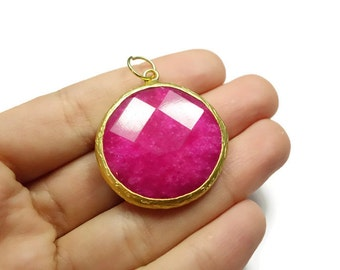 Fuchsia Color Jade Round Pendant 36mm 24K Gold Plated Bezel Charm Pendant - GS037-C