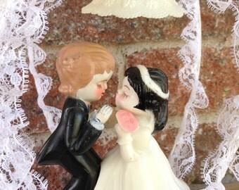 Wedding Cake Topper, Vintage Cake Topper,Bride And Groom Wedding Display, Cake Topper, Wedding Cake Topper