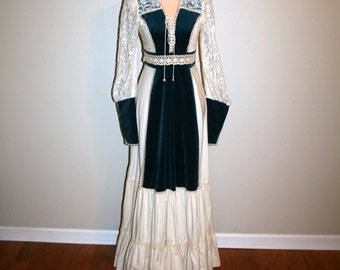 Vintage 70s Gunne Sax Dress Medium Renaissance Fair Prairie Disney Princess Blue Velvet Maxi Dress Halloween Costume Rapunzel Women Clothing