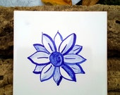 Hand painted tile - small daisy - replica antique portuguese tile