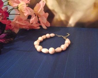 Bracelet - Pink Pearl Plastic Bead