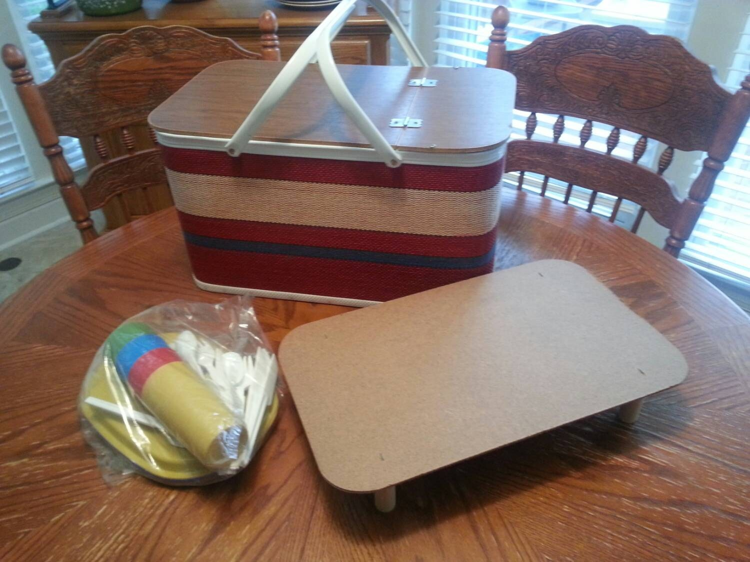 Red Plastic Picnic Basket : Vintage red man picnic basket with portable tray and