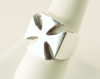 Size 9 Sterling Silver Solid Cross Ring