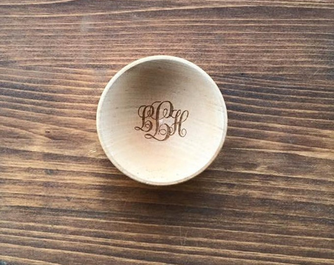 Personalized Wood Ring Bowl Dish Curly Letter Monogram Engraved