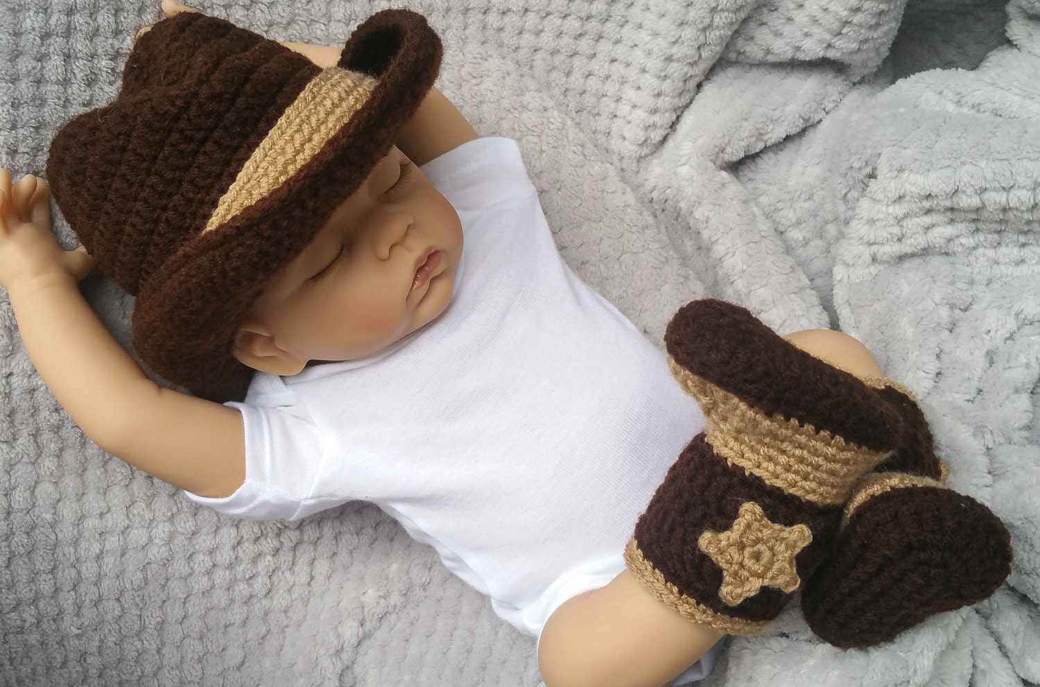 Beautiful Baby Cowboy Hat Crochet Pattern Free Pattern - Easy Scarf ...
