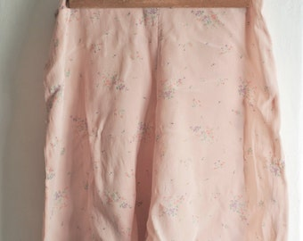 Delicate 1940s Floral Silk Tap Shorts
