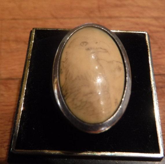 Mens Vintage Scrimshaw Eagle Oval Ring Signed R Size 8 Sterling Silver Heavy 12.3 grams  Mens large Silver Vintage Ring Mens Ring signed