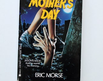RARE and Out of Print Friday the 13th Paperback Mother's Day 1994