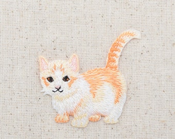 Cream Tabby Cat  - Kitten - Embroidered Patch - Iron on Applique - 1517274A
