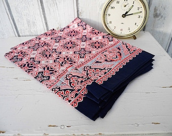 Hanky handkerchiefs 3 in a Set Pocket Square tissue with Retro Pattern