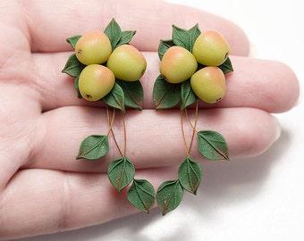 Green apple Earrings dangle. Nature jewelry. Vegan jewelry. Food earrings. Clay jewelry. Fruit earrings. Apple Jewelry. Botanical jewelry