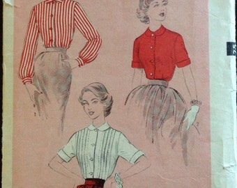 Advance 6368 - 1950s Button Front Blouse with Peter Pan Collar and Tucked Front Option - Size 16