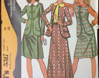 McCalls 3317 - 1970s Suit Set with Skirt, Jacket and Blouse - Size 14 Bust 36
