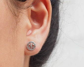 8 mm Tiny Fleur De Lis Stud Earrings 925 Sterling Silver, Everyday Jewelry Gift, Lily flower Jewelry - SB6