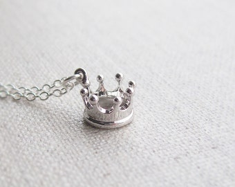 Silver crown necklace, sterling silver chain, minimalist jewelry, gift for her, layering necklace, crown jewelry, silver crown charm
