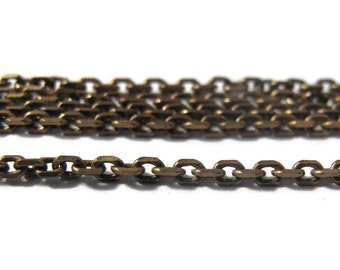 10 Feet of Thin Brass Chain, Antique Brass Cable Chain, Ten Feet, Diamond Cut Chain, 2mm Vintage Chain for Making Jewelry (40 099 11 6)