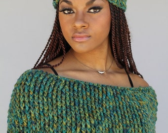 Green Blend Hat and Caplet - Poncho