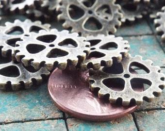 25 metal gear charms, steampunk gear, wheel sprocket, jewelry findings,  antique bronzetone