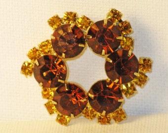 Vintage Topaz Amber Rhinestone Whirligig Brooch Pin (B-4-2)