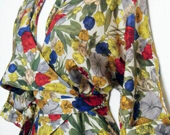 RARE 1950s Vassarette ORIGAMI FLORAL Wrap Dress, Dressing Gown, size osfm