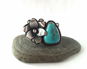 Bisbee Turquoise and Sterling Silver Cocktail Ring - Daylily Ring