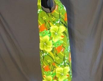 Green Vintage 70s Plus Size Hawaiian Shift Dress