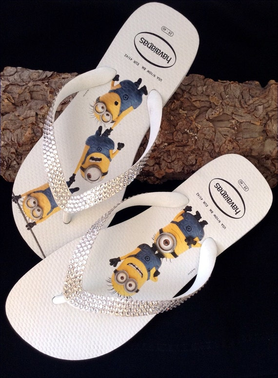 Collector Havaianas Fun Despicable Me Minions White Flip Flops 9/10 w/ Swarovski Crystal Clear Bling Rhinestone Custom Shoes Glass Slippers