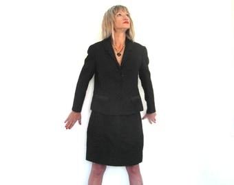 Original 60's, hand tailored, women's skirt suit, black wool, size M / L, French vintage, vintage clothes, vintage fashion, 60's clothing.