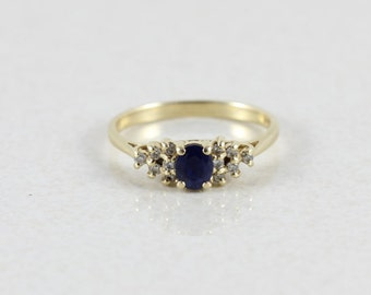 14k Yellow Gold Natural Blue Sapphire and Diamond Ring Size 6 3/4