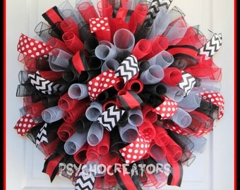 XL Red Black Gray Curly Mesh Wreath, Everyday Spiral Deco Mesh Wreath, Sports Team Bulldog Ohio Tampa Bay Falcons, Graduation Teacher Coach