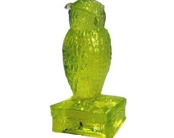 Degenhart Vaseline Owl Figurine / Canary Yellow Owl / Vintage Glass Owl / Collectible Owl