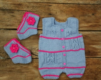 Newborn girl romper, Knitted baby clothes, summer baby clothing, gray baby booties, baby boutique clothing, knitted baby booties, trend 2017