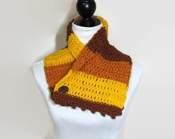 Mustard scarf, chunky button scarf, buttoned scarf, crochet scarf, cowl snood scarf, cowl button scarf, Autumn colors scarf, woman scarf