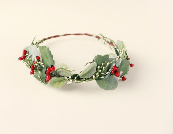 Holiday hair crown, Christmas berry head wreath, Winter wedding crown, red and green crown, Woodland berry crown, Winter wedding headpiece