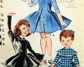 Vintage Butterick 9125 Sewing Pattern, Little Girl's Dress Pattern, 1960s Sewing Pattern, Chest 21, 60s Dress Pattern, Skating Dress, Jumper