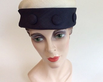 50s Navy Blue and Cream Straw Hat / 1950s Vintage Striped Pill Box Hat With Button Embellishment