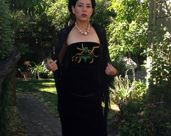 Black velvet pencil dres with hand embroidered humming bird and torns, inspired by Frida Khalo painting. Size XS
