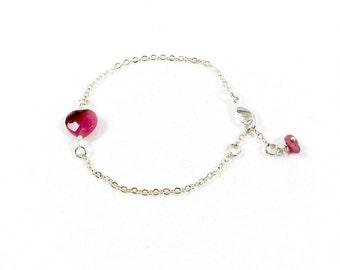 Love Bracelet, Heart Bracelet Silver Heart Bracelet Dainty Jewelry Delicate Jewelry Romantic Jewelry Bracelets for Women Gift for Girlfriend