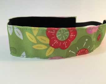 Pink and Green Flower Headband-  Sport Headband- Green- Pink- Flower- 1.5 inch Headband- no slip- Nonslip headband