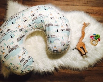 Boppy Cover//Nursing Pillow Cover//Washable Boppy Cover//Zip Closure// Nature Bound//Sherpa