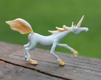 Glass Unicorn Micro Figurine Unicorn Figurine Glass Figure miniature.glass lampwork glass unicorn sculpture unicorn figurine.