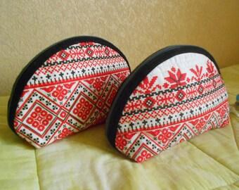 Semicircular bag for cosmetics, Ethnic bag, Ukrainian, Cosmetic bag, pouch, OOAK, red&white, zipper bag, mini bag, handmade