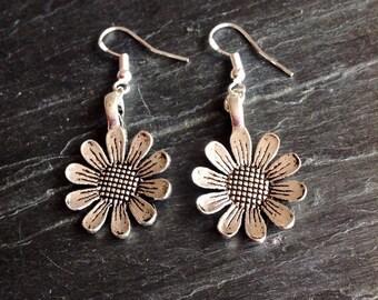 Flower Earrings Daisy Earrings Sunflower Earrings Floral Earrings Silver Plate Summer Flower Flower Jewellery