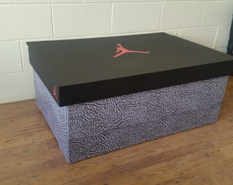 XL TRAINER / SNEAKER Storage box - Nike Air Jordan (holds 16no pairs)