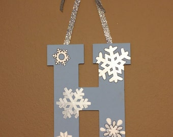 Snowflake monogram decor
