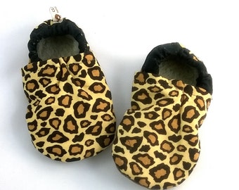 Baby girl indoor shoes size 3-4 years Leopard little girl slippers Soft sole booties Sherpa fleece in-sole baby girl shoes