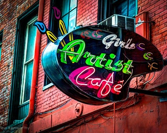 Girls Artist Cafe