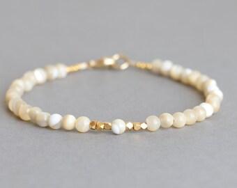 Pearl Bracelet Beaded Bracelet Mother of Pearl Gold Stacking Bracelet
