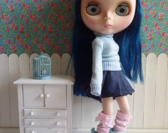 High turquoise blue shoe for Blythe